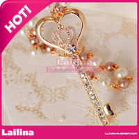 Fashion Crystal Crown Embellished Key Pendant Chain Necklace