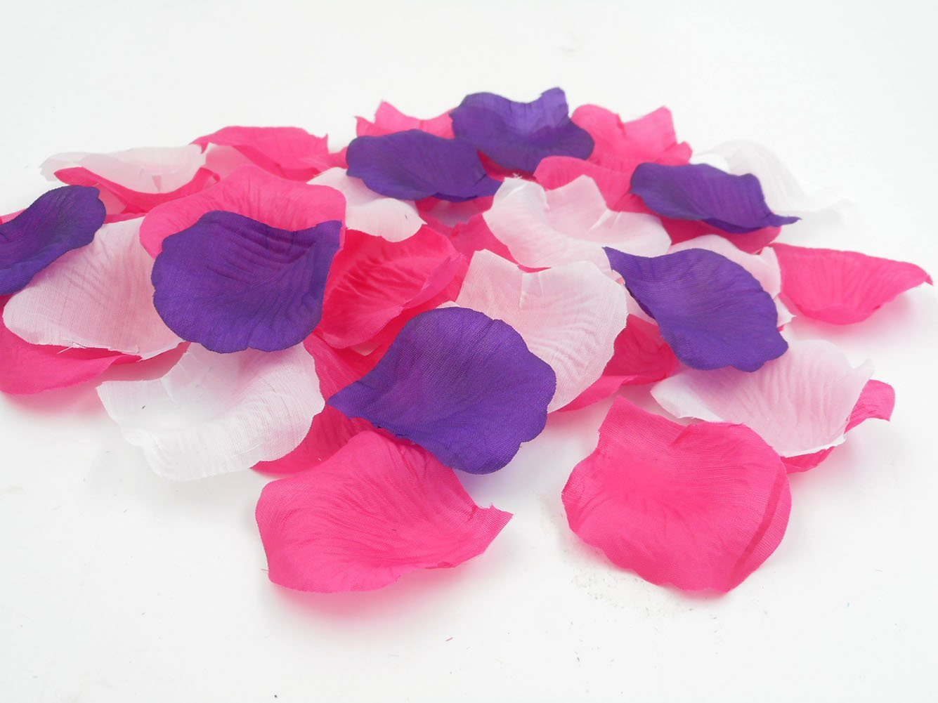 Cheap flower petals pink find flower petals pink deals on line at get quotations 3000pcs artificial fabric silk rose flower petals for weddings bulk dark purple hot pink white bridal mightylinksfo