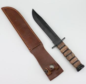 leather grip, leather sheath,  camp and outdoor US WW2 hunting knife