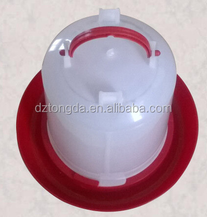 Waterer for Chickens Plastic hanging poultry waterer