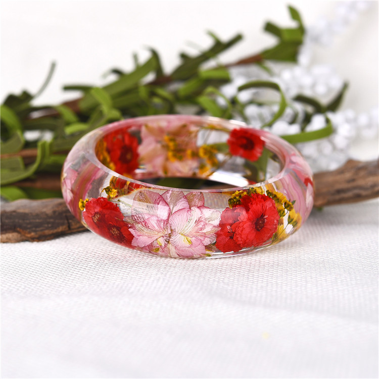 Eco-friendly clear transparent dried real flower bangle for women