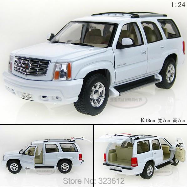 1:24 Cadillac 2002 Escalade Alloy Diecast Vehicle Car