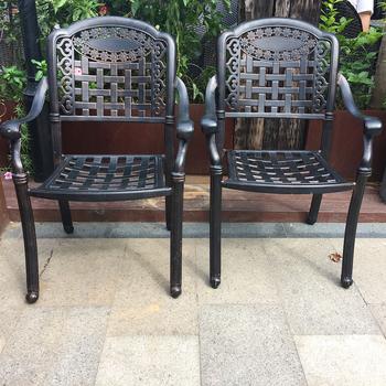 Tavoli In Ghisa Da Giardino.Arabo Artistico Tavolo Da Giardino E Sedie Ghisa Mobili Da