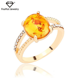 Economical Simple noble Delicate crystal resin imitation amber ring online jewellery customize ring jewelry companies