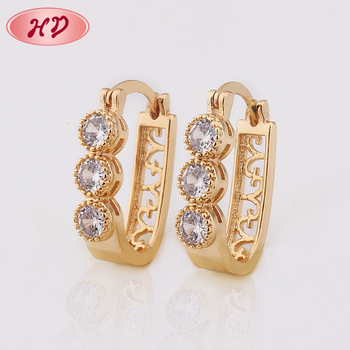 Tops Design Women Gold Ear Ring Earring With Lowest Price