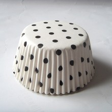 Dot White Wholesale Paper custom plain wedding Cupcake Liner/liners Cup cake Holder/Muffin cake box for Valentines day