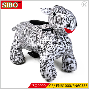2018 new design battery animal ride plush walking electric ride on animal toy