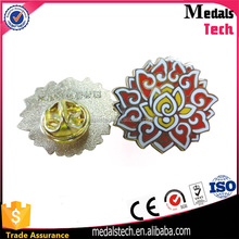 Custom metal casting enamel painting finished flower pin badges