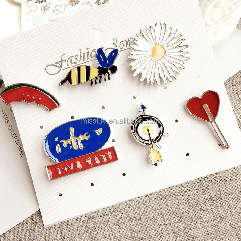 Metal Bee badge lapel pin wholesale bee brooch pins set for cowboy clothing