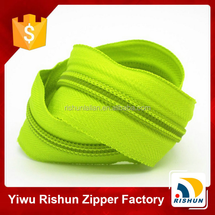 Latest design fashion eco-friendly water sealed zipper for home textiles use