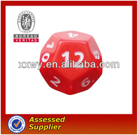 2013New resin custom promotion luminous color travel 12 side dice game set