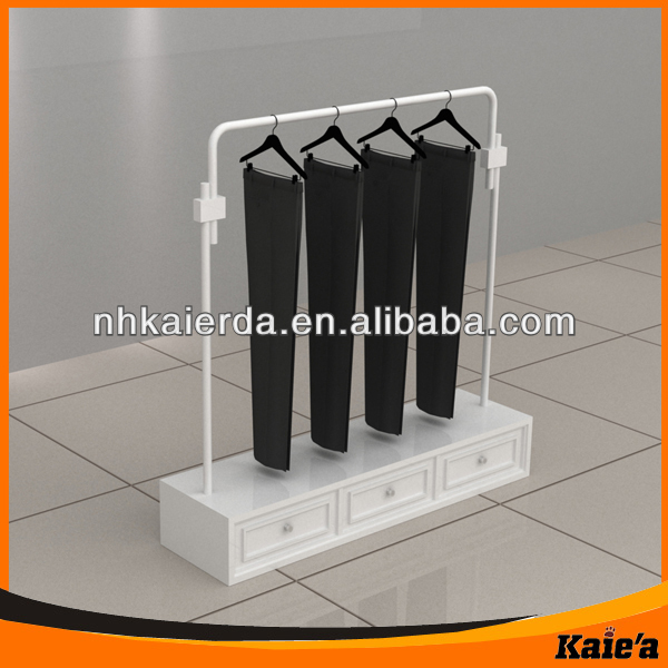Famous Brand Design Clothes Shopping Mall Display Stand