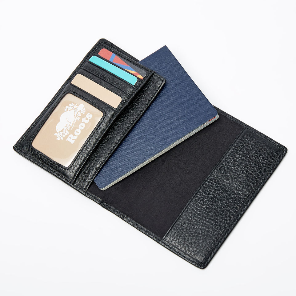 passport holder (2).jpg