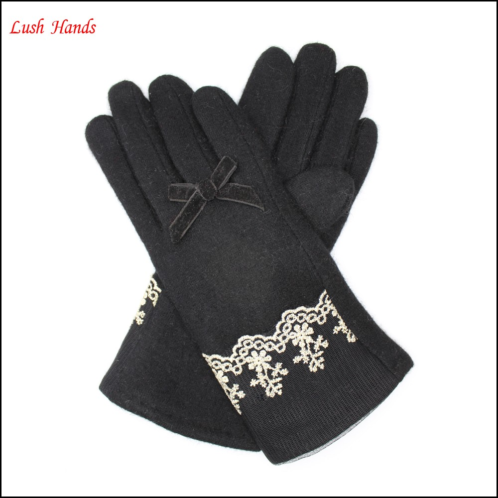 ladies new style cheap woolen gloves with lace on cuff