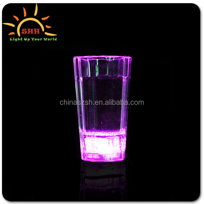 Fashion Liquid Activated Led Shot Glasses for Party and Event Water Sensor LED Flashing plastic cup