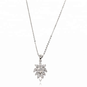 Fashion Cubic Zirconia Leaves Pendant Necklace For Women 925 Silver Chain Wedding Crystal Shiny Choker Jewelry Accessories Gifts