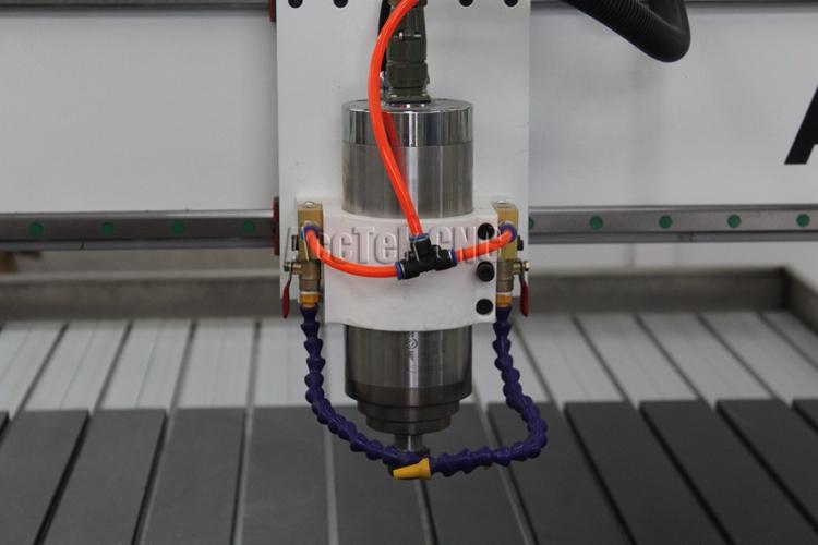 AccTek โรงงานผลิตภัณฑ์ 3 แกน 4 แกน 5 แกน cnc router แกะสลักเครื่องตัดเครื่องไม้