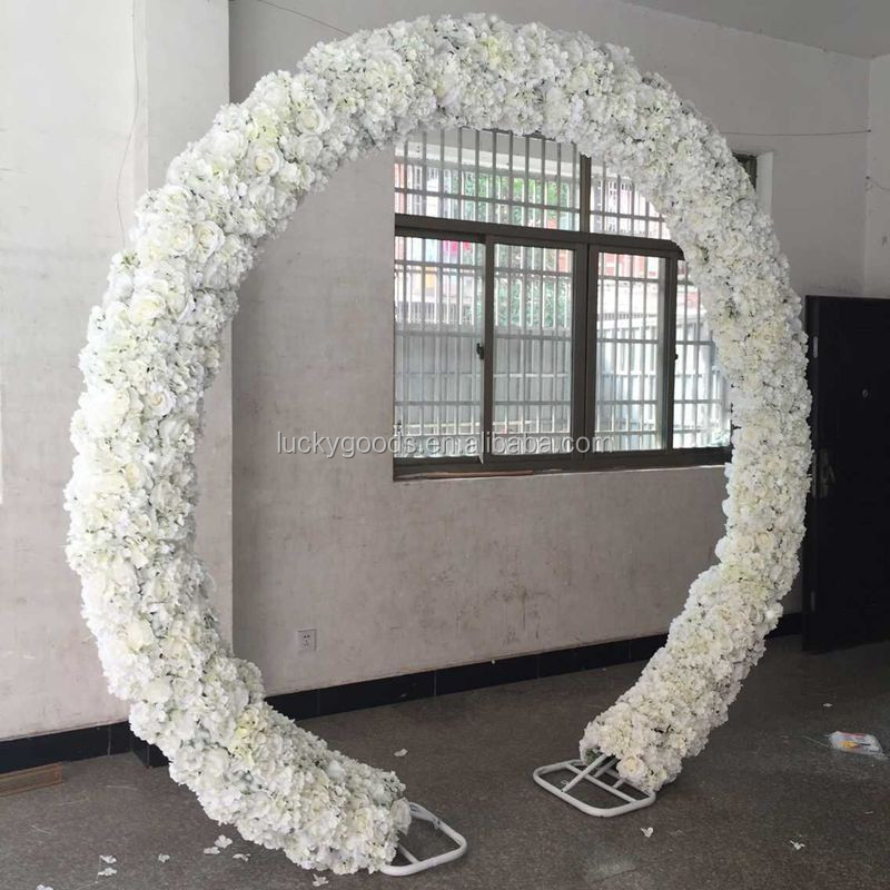 Wholesale Luxury Ivory Decorated Flower Arch For Outdoor
