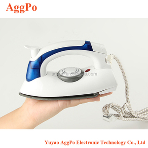 Mini Travel Steam Iron Non-Stick Soleplate, Anti-Slip Handle Clothes Steamer 700W Handheld Garment Steamer Portable Steam Iron