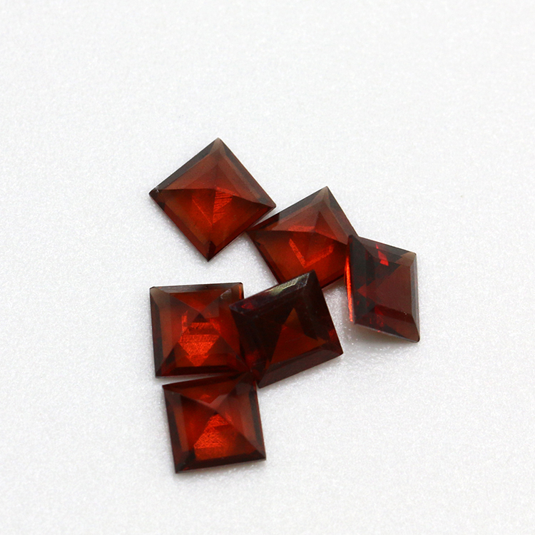 hot sale natural square cut 4x4mm garnet loose gemstone price