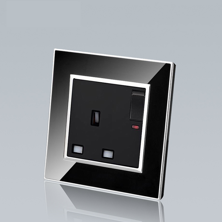 13A universal multifunction electric power europe micro wall socket and switch , with UK standard