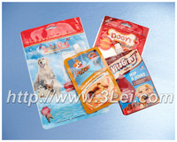 Stand up pouches for pet's food packaging