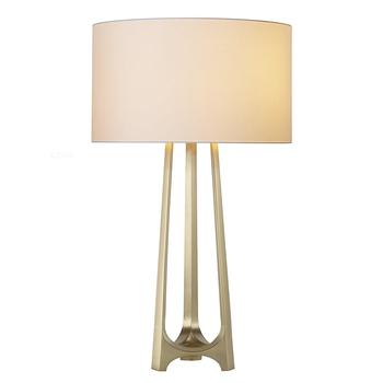 Chinese Intertek Lighting Parts Home Garden Outlet Br Metal Tripod Table Lamp For Hotel Bedside