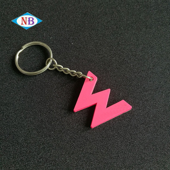 "Wholesale ""W""rubber key chain, custom rubber 3D soft pvc keychain,pvc key ring"