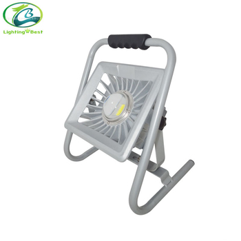 10W Portable Rechargeable LED Flood Light with CE RoHS