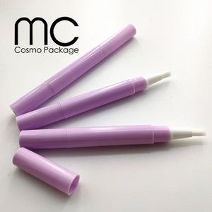 2ml Plastic Empty Nail Nutrition Oil Pen with Brush, Plastic Cosmetic Twist Pen Packaging MC-T202