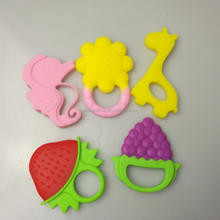 2017 China Factory Wholesale BPA Free Fruit Baby Toys Silicone Baby Teether Toy