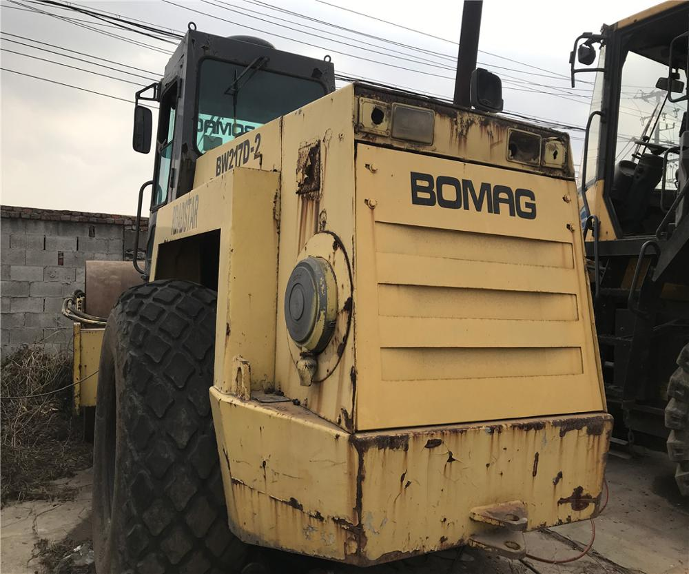 Used condition Bomag BW217AD vibratory roller with low price second hand Bomag BW217 roller