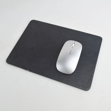 Qi Wireless Pengisian Charger <span class=keywords><strong>Desktop</strong></span> PC Laptop Mouse Mouse Bantalan USB Mouse Pad untuk Smart Phone
