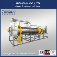 Industrial dryer machine for solid wastes