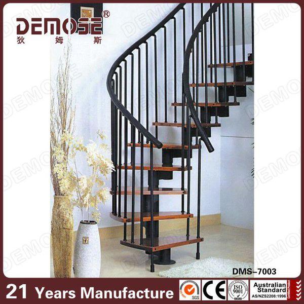 interior barandilla de la escalera de metalmadera pasos para escaleras de interior