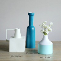 Chinese ceramic blue and white flower vase ceramic vase decoration