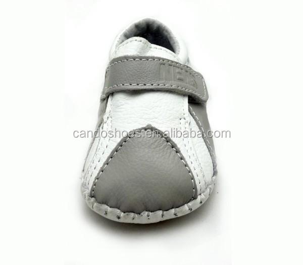 553b86857e0 Canadiense nativo lujo cuero hecho a mano bebé caminando zapatos mocasines