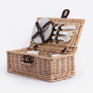 Cheap floral interlining cloth plastic fork knife blanket folding wicker willow 2 picnic hamper suitcase storage box basket