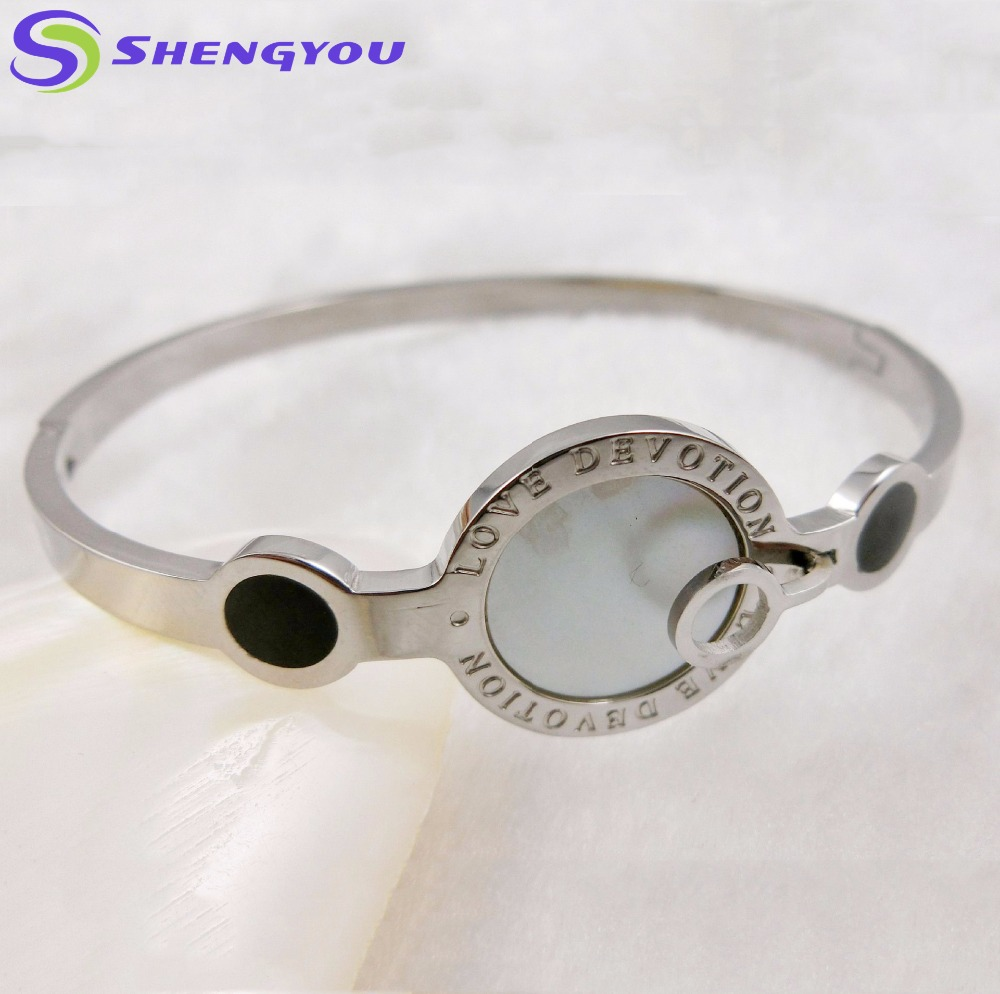 Latest Design Women Jewelry Love Devotion High Polished Stainless Steel Bangle Bracelet