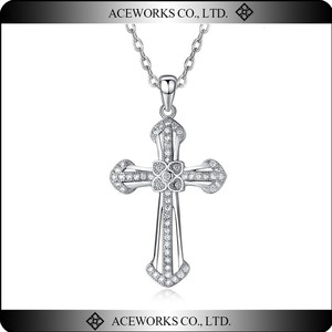 Women Fashion White Gold Plated Cubic Zircon 925 Sterling Silver Cross Pendant