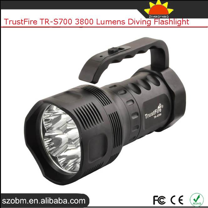 Trustfire tr s700 potente 3800 l menes linterna led de for Linterna de led potente