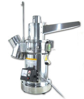 Superfine continuous grinding machine for medicinal materials