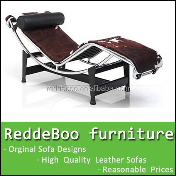 le corbusier chaise longue chaise avec base en métal et peau de ... - Chaise Longue Le Corbusier Vache