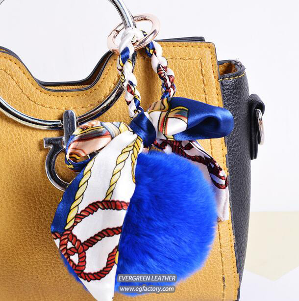 Fashionable printed women bags design fur ball with silk accessories for lady handbags FT074