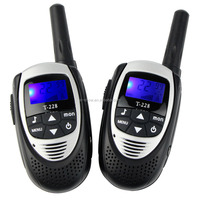 2pcs/pair T228 Portable Mini Walkie Talkie 22 Channels Two Way Radio for Kids LCD Rechargeable UHF462MHz 0.5W