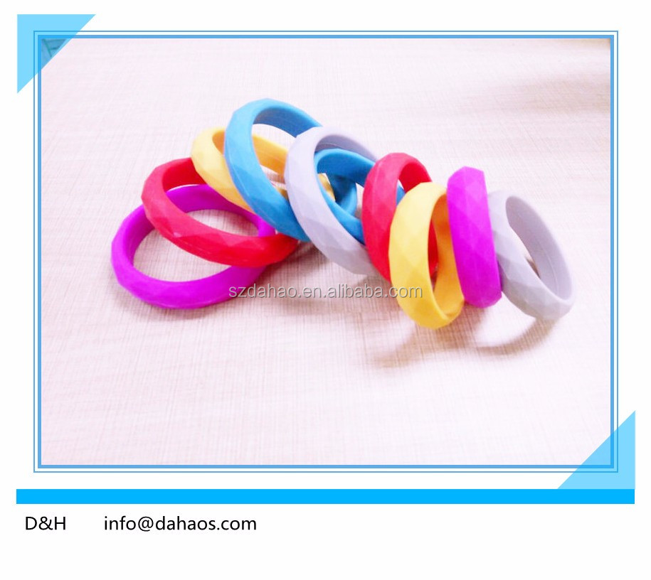 Dahao Hot Sell Silicone Teething O Ring For Kids And