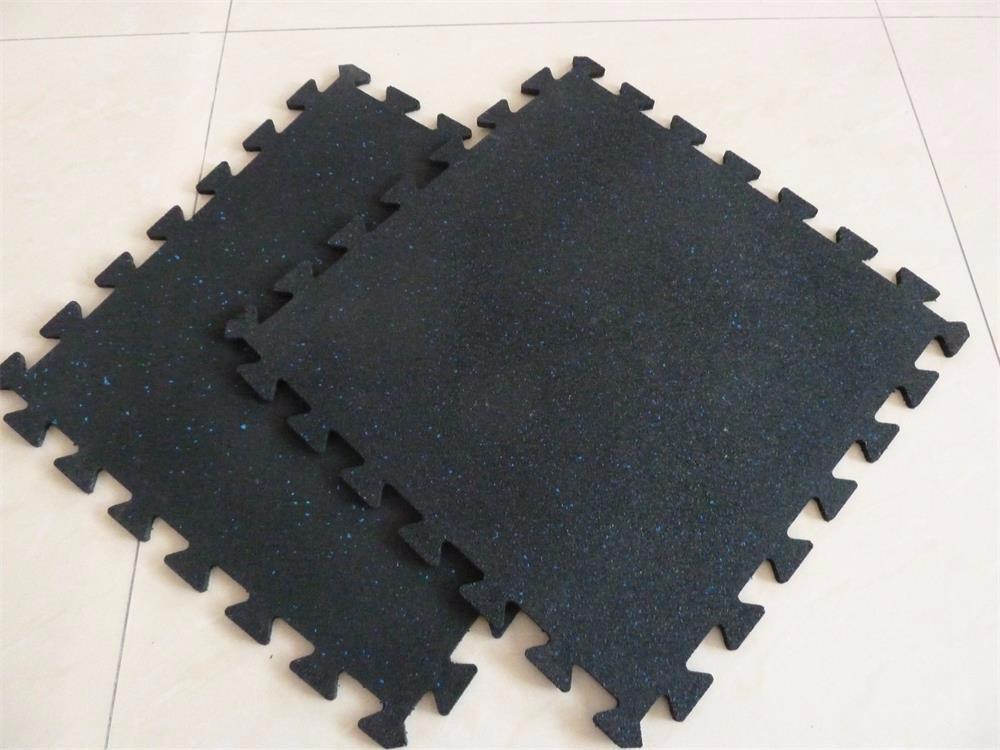 Incastro piastrelle di gomma puzzle pavimento in gomma per palestra