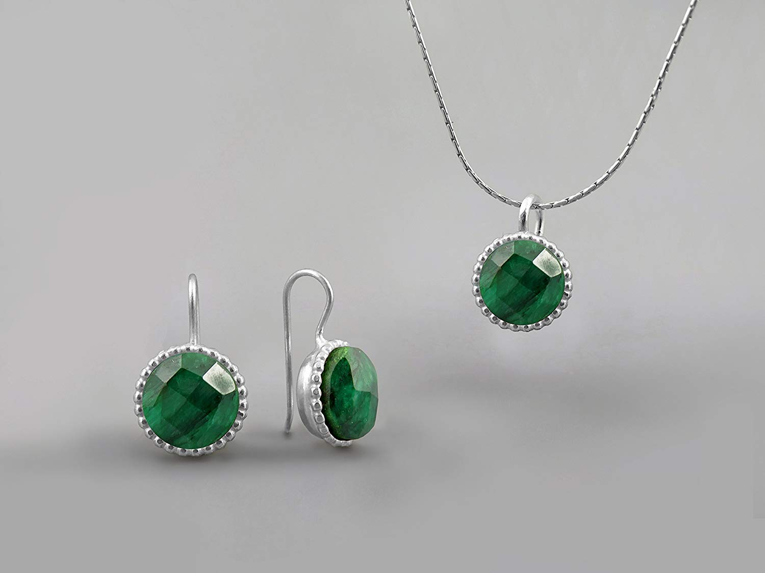 Emerald Gemstone Round Green Jewelry Set For Women .925 Sterling Silver May Birthstone Jewelry Genuine Emerald Necklace Pendant Earring Set Everyday Elegant Jewelry Gifts for Women Jewelry For Wife