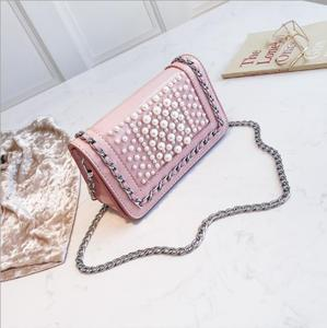 High quality patent leather vintage handbag studded pearl clutch with crossbody chain