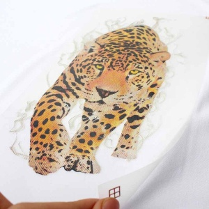 New Design Custom Discolourable Tiger Logo Heat Transfers Printing Press Clothing Label for T-shirt